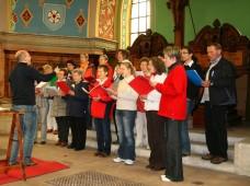 Der Chor bei seiner Italienreise im Mai 2010. Damals gestalteten die Sänger auch einen Gottesdienst in der evangelischen Kirche in Arco musikalisch aus.