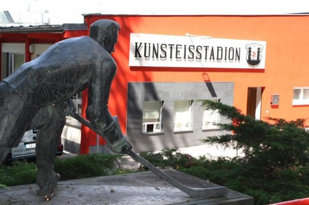 Öffentliches Eislaufen im Kunsteisstadion Crimmitschau Januar 2019