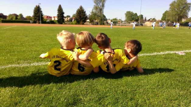 Ein junges Team sucht Hilfe