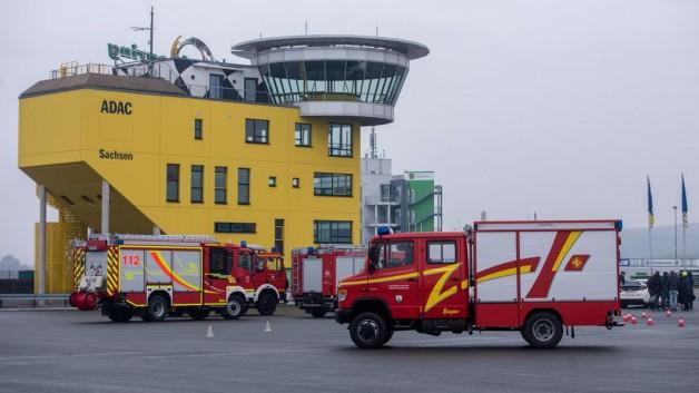 Freiwillige Feuerwehren aus Südsachsen  trainieren auf dem Sachsenring