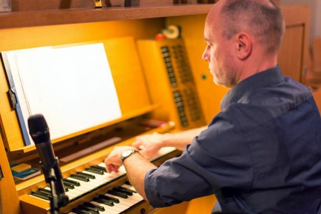 Organist und Chorleiter Patrick Gläser
